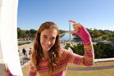 Washington-DC-Washington-Monument-girl.jpg