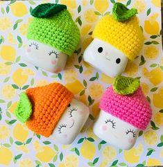 Se of 4 Citrus marshmallow mug hats collection for your Rae Dunn collectible Crochet Mug Cozy, Crochet Dishcloths, Crochet Hats, Marshmallow Crafts, Marshmallow Peeps, Cute Marshmallows, Cute Christmas Cookies, Mug Display, Pumpkin Hat