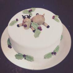 Rudolph Christmas cake #christmas #fruitcake #noveltycake #rudolph