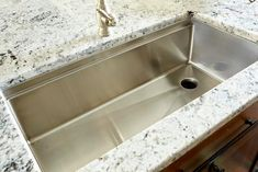 Ledge Sink - Single Bowl - Offset Drain Right - Create Good Sinks Stone Bench, Stone Sink, Rustic Kitchen Sinks, Stainless Steel Taps, Wall Faucet, Single Bowl Sink, Have A Shower, Base Cabinets, House Styles
