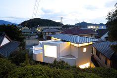 Shiiki Building by Atelier Tekuto