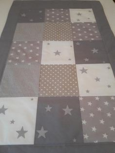 Tilkkupeitto Quilts, Blanket, Eggs, Quilt Sets, Blankets, Log Cabin Quilts, Cover, Comforters, Quilting