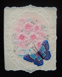 Flor y mariposa, una bella combinacion.