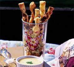 Quick cheese straws - Delicious cheesy sticks, perfect for dipping, just as good on their own - ready in under 20 minutes. Sprinkle with paprika, mild curry powder or mustard powder. Or spread thin layer of mustard. Use strong cheddar. Bbc Good Food Recipes, Cooking Recipes, Cheese Straws, Easy Cheese, Vegan Cheese, Potato Skins, Appetisers, Breakfast For Kids, Finger Foods