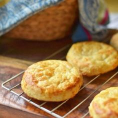 Buttermilk Cheddar Cheese Biscuits- light, savory and full of cheese!