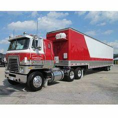 Navistar International, International Harvester Truck, International Tractors, Show Trucks, Big Rig Trucks, Old Trucks, Classic Tractor, Classic Trucks, Trailers