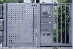 Aplicatii tabla perforata Security Gates, Perforated Metal, Breezeway, Entrance Gates, Facade House, Locker Storage, Doors, Fences, Cool Stuff