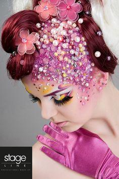 A more fantasy idea for the makeup