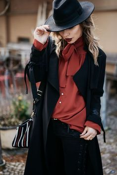 herbst-outfit in rot & schwarz