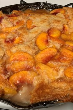 Cheesy BBQ Chicken Pizza Rolls Recipe - Saving Room for Dessert - Cooking Recipes Cheesecake Desserts, Just Desserts, Delicious Desserts, Dessert Recipes, Southern Desserts, Best Cheesecake, Fish Recipes, Baking Recipes, Sweet Recipes