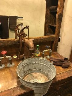 Latest Photographs Rustic Bathroom sink Popular A new rustic bathroom will likely be characterised simply by helpful quirks as well as the employmen Rustic Bathroom Designs, Rustic Bathrooms, Tiny Bathrooms, Rustic Design, Rustic Decor, Deco Cool, Barn Bathroom, Bathroom Faucets, Bathroom Ideas