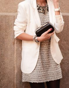 I love the look of a white, boyfriend blazer over a dress. Perfect combination of the two here!