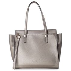 Amy metallic leather tote salvatore ferragamo (25.330 CZK) ❤ liked on Polyvore featuring bags, handbags, tote bags, metallic leather tote, zip top tote, white leather purse, leather tote purse and white leather tote