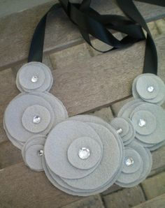 Felt flower bib necklace