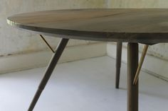 dzierlenga f+u dining table