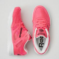 Shop Women's Tennis Shoes and Sneakers at American Eagle. Find your new favorite Tennis Shoes and Sneakers for Women online today! American Eagle Outfitters Shoes, Womens Training Shoes, Pink Shoes, Reebok, Trainers, Air Jordans, Sneakers Nike, Aeo, Womens Fashion