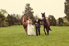 Historic Cedarwood horse-lovers wedding on Style Me Pretty   Cedarwood Weddings