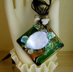 Texas Woman Studio by Texaswoman Sea Turtle Art, Ribbon Necklace, Organza Ribbon, Abalone Shell, A 17, Glass Pendants, Turtles, Etsy Seller, Chips