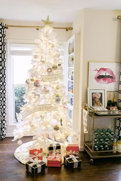 Decorating for the Holidays | Chronicles of Frivolity