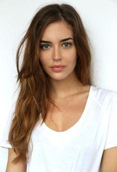 Beautiful Girl like Fashition Most Beautiful Faces, Beautiful Eyes, Beautiful Women, Clara Alonso Hair, Spanish Woman, Model Face, Auburn Hair, Woman Face, Dark Hair