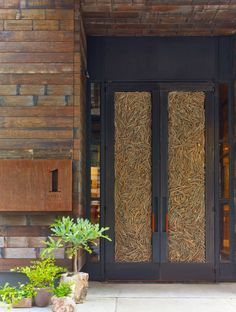 The hotel doors are made out of 16,000 twigs! Read all about 1 Hotel Central Park, a new eco-friendly hotel in New York City. We think the Big Apple just got a whole lot cooler. http://www.usatoday.com/story/travel/hotels/2015/08/05/1-hotels-central-park-new-york-barry-sternlicht/31073943/