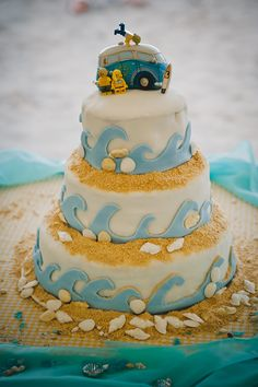 Awesome beach wedding cake!