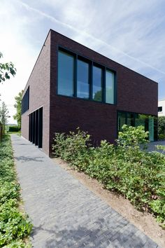 House LV / Areal Architecten