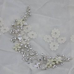 Aliexpress.com : Acquista Fatto a mano unico strass sereno fiore di cristallo del partito delle donne accessori per capelli da sposa fascia da Fornitori fascia corona affidabili su Faybox Wedding Jewelry
