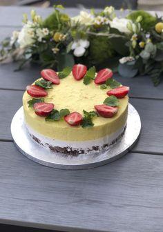 Pina Colada, Cheesecake, Baking, Desserts, Food, Mascarpone, Tailgate Desserts, Deserts, Cheesecakes