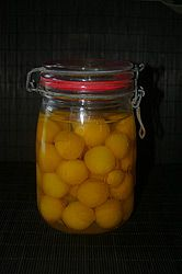recipe preserves Mirabelles with syrup plums, queens, quetsche sugar water - Modern Syrup, Preserves, Food And Drink, Liqueurs, Queens, Canning, Fruit, Vegetables, Desserts