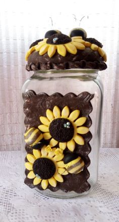 Clay Jar, Clay Mugs, Jar Crafts, Bottle Crafts, Decorated Jars, Porcelain Clay, Pasta Flexible, Clay Charms, Bottle Art