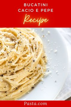 A luxurious cacio e pepe recipe which pairs bucatini with a decadent cacio e pepe cream sauce. One of my favorite pasta recipes - you won't believe how quick and easy it is to do! Italian Recipes   Pasta Recipes   Best Pasta Recipes Vegetarian Pasta Recipes, Italian Pasta Recipes, Best Pasta Recipes, Pasta Dinner Recipes, Recipe Pasta, Lunch Recipes, Cooking Recipes, Cacio E Pepe Recipe