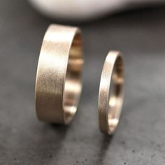Gold Wedding Band Set His and Hers 6mm and 2mm Brushed Flat