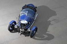 Morgan Sports Car - Morgan Three-Wheeler from 1933 is one of the nicer surviving examples of the early Morgans