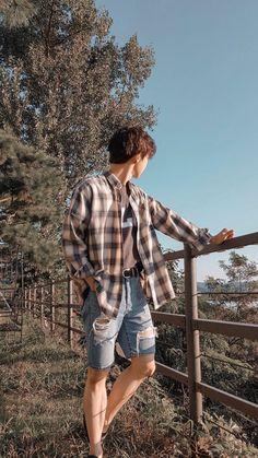 lala// mutualan napa sekuy on – Gift Ideas Christian Boyfriend, Kim Dong Young, Korea, Nct Doyoung, Jisung Nct, Jung Jaehyun, Lightroom, Photoshop, Boyfriend Material