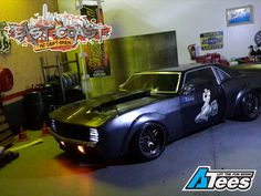 Straight out of the East Coast RC Drift Crew stables is our team's co-founder and Vice President Llewellyn Royan's Camaro SS Refurbished build!