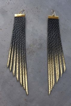 """Daly Bird - """"Sunny"""" Black to Gold $49 - Show Pony Boutique"""