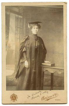 lady-university-graduate-victorian
