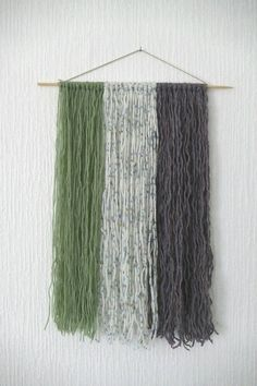 Check out this item in my Etsy shop https://www.etsy.com/uk/listing/508549413/boho-wall-hanging-wool-fibre-art-sage
