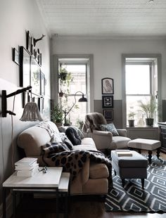 Beautiful Vintage Inspired New York Brownstone of Nina Persson - Gravity