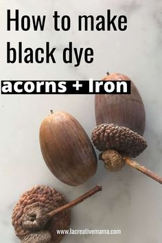 DIY natural dyeing technique step by step tutorial. Dye your own clothes, fabric and wool yarn with acorns. Great instructions for beginners. Natural Dye Fabric, Natural Dyeing, Shibori, Fabric Dyeing Techniques, Textile Dyeing, Dyeing Fabric, Fabric Outlet, How To Dye Fabric, Acorn