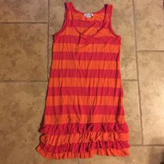 Kensie jersey knit dress. Kensie jersey knit dress. Jersey cotton. Tangerine and watermelon Stripped with ruffled bottom. Kensie Dresses Mini