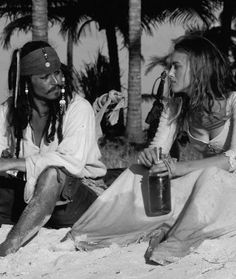 Depp and Knightly On set of Pirates