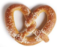 Oktoberfest Soft Pretzels, Beer Cheese, and a fun Giveaway from Author Joyce Tremel! Pretzel Day, Pretzel Dough, Homemade Soft Pretzels, Pretzels Recipe, Cinnamon Pretzels, Homemade Food, Auntie Annes Pretzels, Tree Nut Allergy, Crack Crackers