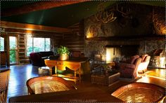 Graceful-Wooden-Living-Room-Home-Design-Interior-Ideas-with-Pics9.jpg (1928×1208)