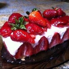 Клубничный торт мороженое (Strawberry Ice cream Cake)