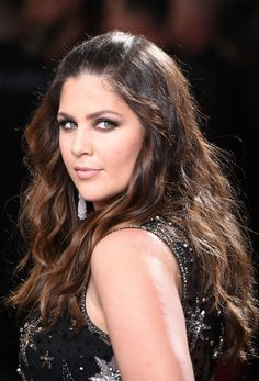 Singer Hillary Scott of Lady Antebellum attends The 59th GRAMMY Awards at STAPLES Center on February 12, 2017 in Los Angeles, California. - The 59th GRAMMY Awards - Arrivals