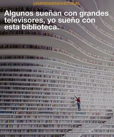 Objetivo de vida: Aprender cada día como si fuera a vivir para siempre. Book Memes, Book Quotes, Mundo Meme, Book Fandoms, I Love Books, Book Nerd, Hush Hush, Writing A Book, Book Worms