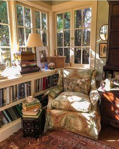 Coziest Reading Corner Ever (Content in a Cottage) This has got to be the most well thought out reading nook ever. I do wish I could see the rest of the sunroom because I know I would love everything. via I would be searching for the companion ottoman Cozy Nook, Cozy Corner, Cozy Reading Corners, Reading Nooks, Cozy Reading Rooms, Reading Chairs, Home Libraries, Cozy Place, Cozy House