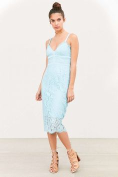 Love this blue midi bodycon dress for a summer wedding or any event, really.